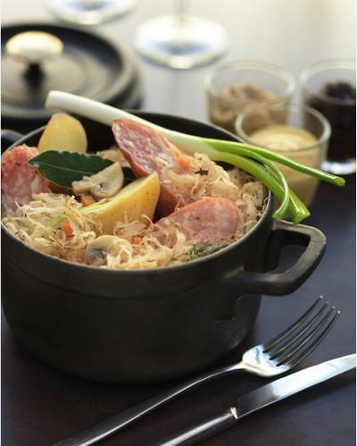 recette - cassolette  de choucroute  & saucisses de montbéliard