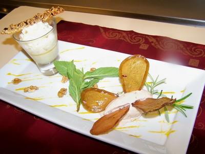 recette - crème brûlée au roquefort, mousseux de poires, comme un papillon, la g