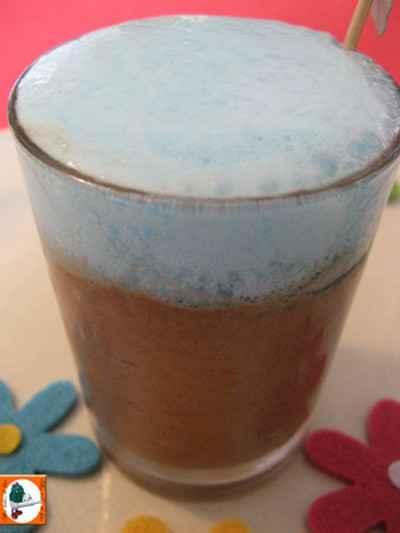 recette - mousse au chocolat glacée à l'écume de curaçao