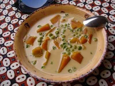 recette - potimarron, patate douce et petits pois en crème de coco