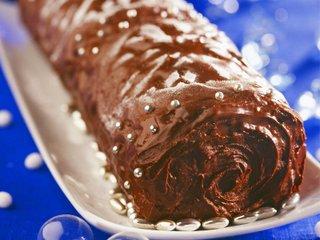 recette - bûche aux amandes, glacée au chocolat
