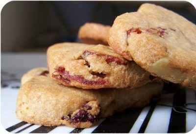 recette - coeurs sablés aux cranberries et à la farine de chataîgnes