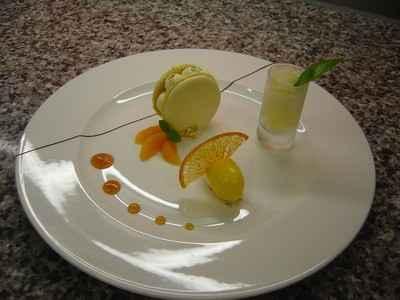 recette - macaron moelleux au citron, granité vodka orange et sorbet mandarine