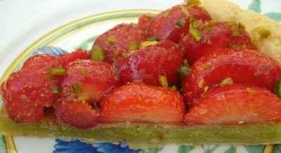 recette - tarte aux fraises et crème d'amande à la pistache