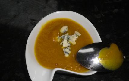 recette - velouté de fenouil épicé au roquefort