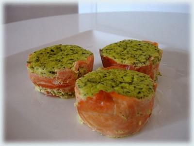 recette - petites mousses de courgette sur lit de saumon fumé