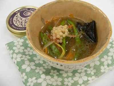 recette - soupe aux parfums d'asie, caviar d'escargot