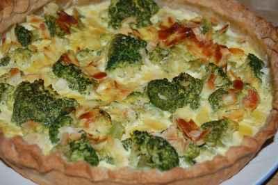 recette - tarte aux brocolis et amandes au curry
