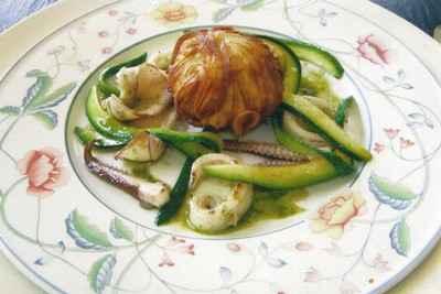 recette - le bonbon de brandade de morue, tagliatelles de courgettes, calamars e