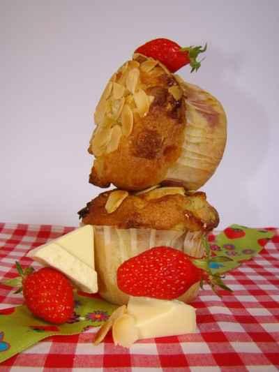 recette - petits cakes aux fraises et toblerone blanc