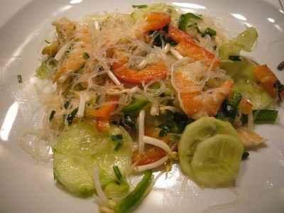 recette - salade vietnamienne aux vermicelles de riz et crevettes