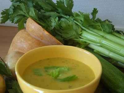 recette - soupe de courge butternut à la coriandre fraîche