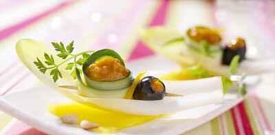 recette - amuse bouche d'endives au délice de poivrons jaunes
