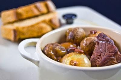 recette - boeuf bourguignon et tartines à l'ail