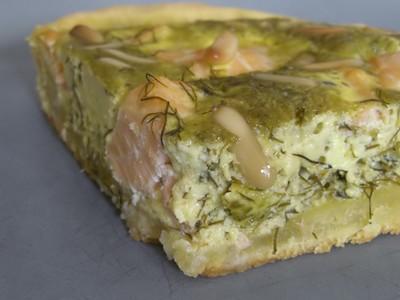 recette - quiche au saumon, pesto de fenouil et pignons de pin