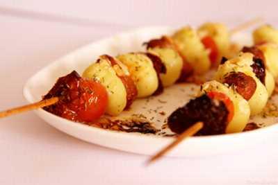 recette - brochette de gnocchis aux deux tomates