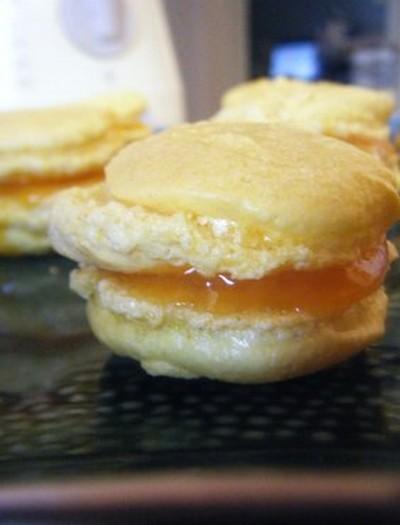 recette - macaron safran à la gelée d'abricots