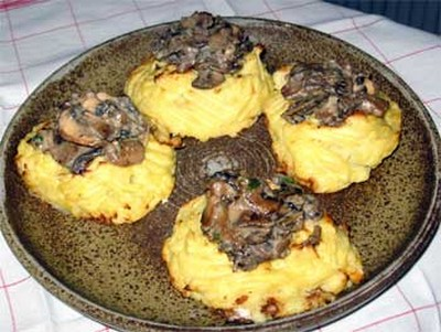 recette - nids de pommes de terre à la forestière