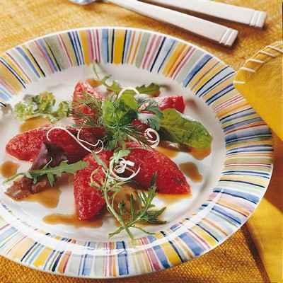 recette - quenelles de tomates en tartare, vinaigrette balsamique au poireau