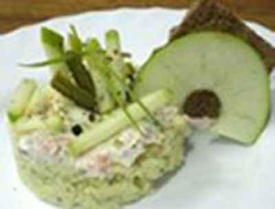 recette - tartare de saumon fumé à la crème aigre