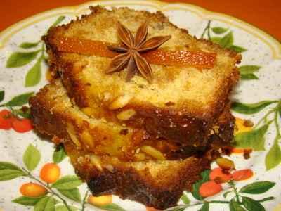 recette - cake fondant au pain d'épice, orange et pignons de pin