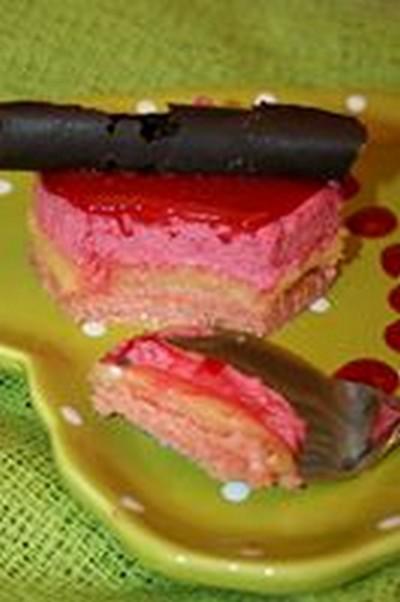 recette - dessert de noël au biscuit rose, lemon curd et mousse de framboise
