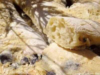 recette - fougasse à l'origan, aux olives et au parmesan
