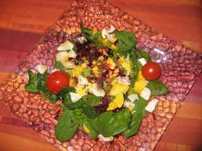 recette - salade de betterave crue aux jeunes pousses d'épinards