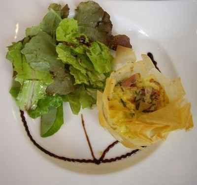 recette - croustillant saint marcellin tomates confites jambon et oignon