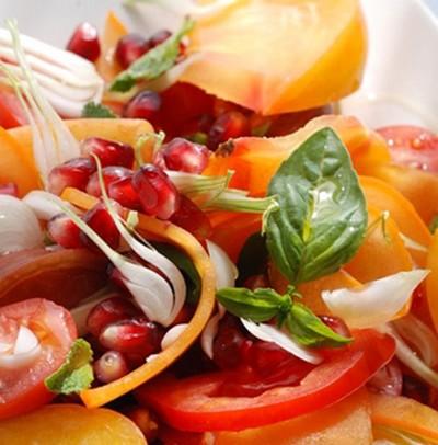 recette - salade parfumée de tomates et de fruits