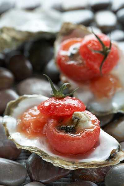 recette - tomate farcie d'huître en gelée tremblotante façon bloody mary kiwi.