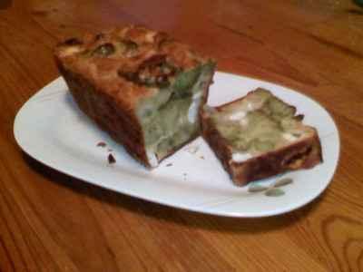 recette - cake surprenant aux brocolis et endives