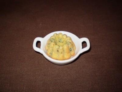 recette - cannelés au pesto de coriandre et à la tomate