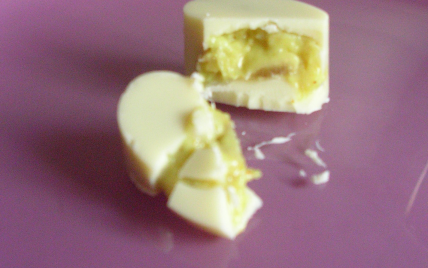 recette - chocolats blancs, ganache curry, banane et rhum