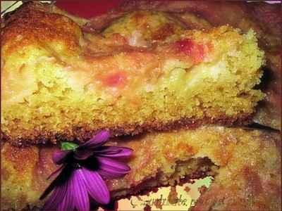recette - gâteau rhubarbe, pommes et amandes