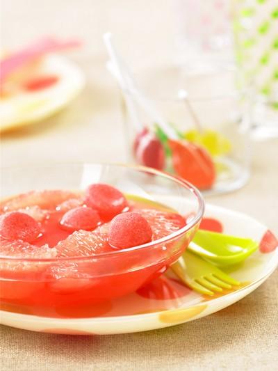 recette - soupe de pamplemousses de floride aux fraises tagada