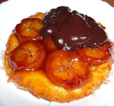 recette - tatin de bananes, sauce au chocolat
