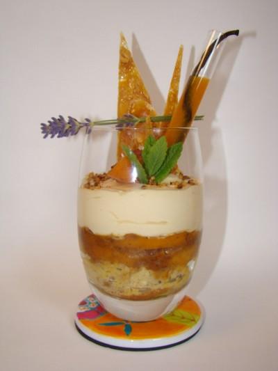 recette - tiramisu aux abricots, noisette, caramel, et son coulis à la vanille